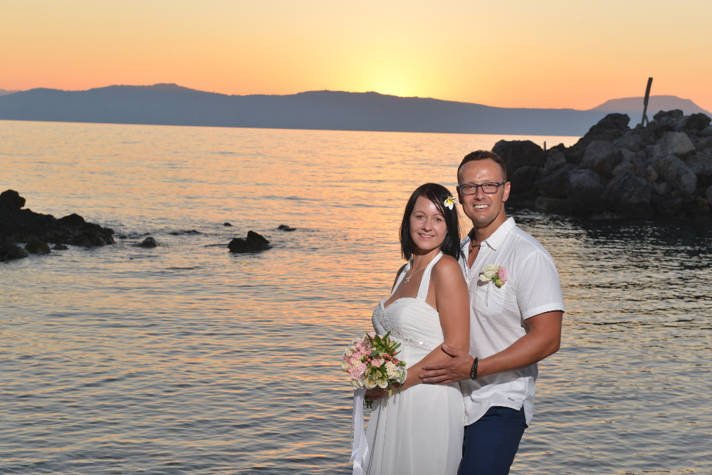 renewal of the vows on santorini