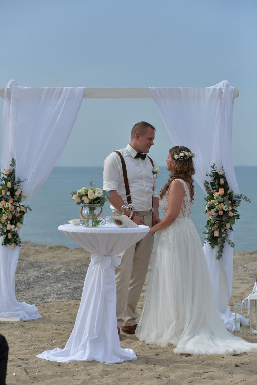 2019 05 31 Monika Fabian wedding on the beach